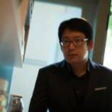 Dooyoung felhasználói profilja