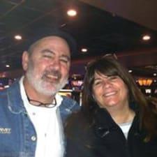 โพรไฟล์ผู้ใช้ Rob & Carla