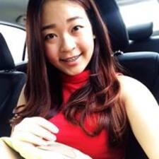 โพรไฟล์ผู้ใช้ Catherine Tiong