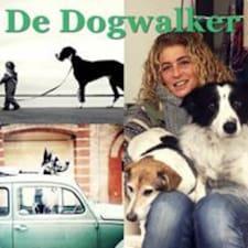 Profil utilisateur de De Dogwalker