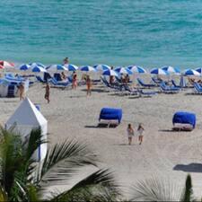 Perfil do utilizador de Miami Villas&Condos