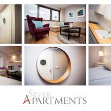 โพรไฟล์ผู้ใช้ Małgosia Z Silver Apartments