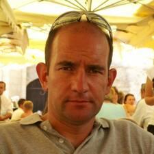 Profilo utente di Jean Edouard