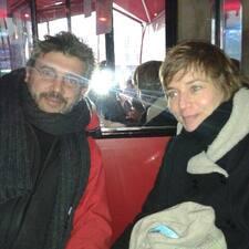 Delphine & Guillaume felhasználói profilja