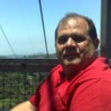 Profil Pengguna Luis R