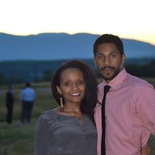 Naomi And Rashid est l'hôte.