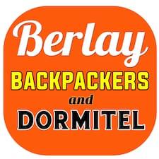 Berlay est l'hôte.