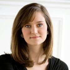 Magdalene R. felhasználói profilja