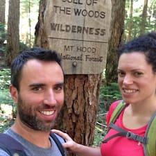 โพรไฟล์ผู้ใช้ Steve & Rebecca