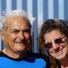 Profil korisnika Larry &Amp; Jan