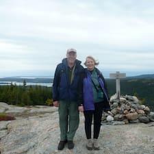Glen And Martha — хозяин.