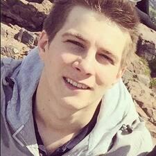 Péter User Profile
