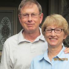 Hugh And Kathy — хозяин.
