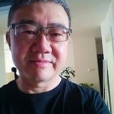 โพรไฟล์ผู้ใช้ Feng
