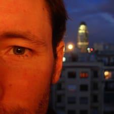 โพรไฟล์ผู้ใช้ Jesús Luis