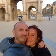 โพรไฟล์ผู้ใช้ Andrew & Liz