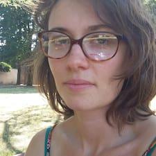 Faustine Brukerprofil