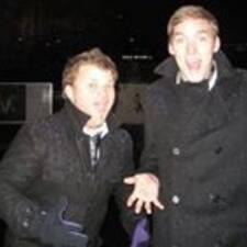 โพรไฟล์ผู้ใช้ Louis