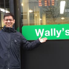 Wally è l'host.