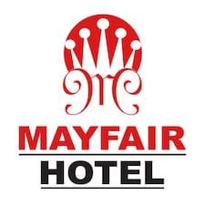 MayfairHotel是房东。
