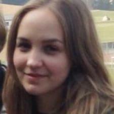 Sarah-Lea User Profile