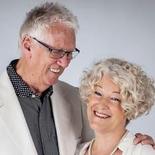 Profil Pengguna Wayne And Trudy