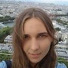 Yuliia Kullanıcı Profili