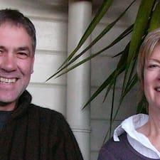 Carl & Jeanne — хозяин.