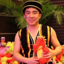 小飞的龙 is the host.