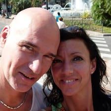 โพรไฟล์ผู้ใช้ Peter & Milenka