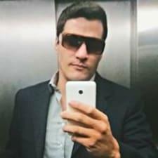 Guilherme je domaćin.
