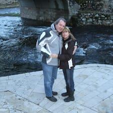 Gilbert Et Céline — хозяин.