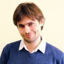 Artem je domaćin.