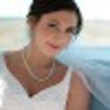 Kelly Lynn User Profile