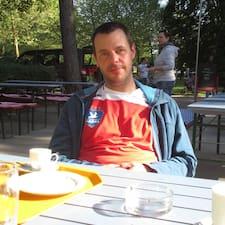 Jörg je domaćin.