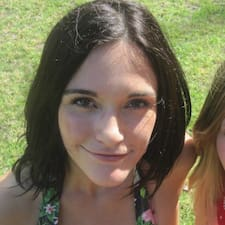Profil Pengguna Chloe