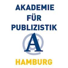 Akademie คือเจ้าของที่พัก