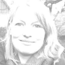 Katja è l'host.