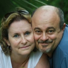 โพรไฟล์ผู้ใช้ Alain & Valérie
