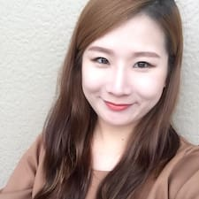 Ayoung User Profile