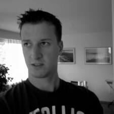 Dominik的用户个人资料