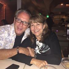 Adam  & Nancy Brugerprofil