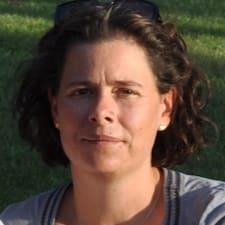 Carinne User Profile