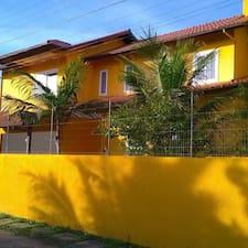 Hostel Vila Do Sol es el anfitrión.