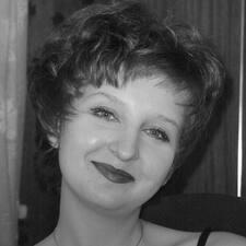 Viktoriya je domaćin.