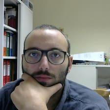 Giacomo คือเจ้าของที่พัก