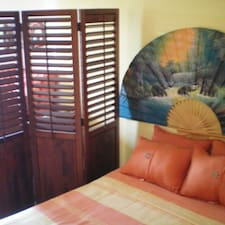 Cancun Guest House User Profile