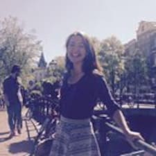 Manuela Kristin User Profile