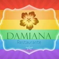 Damiana — хозяин.