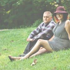 Christina And Andrew - Uživatelský profil